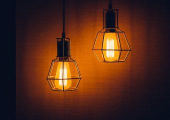 Modernizm oświetlenia sufitowego